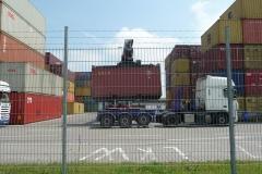 ... und Container ...