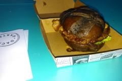 Black-Burger vom Dachgarten.