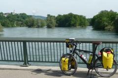 Aarebrücke über das Wasserschloss bei Brugg.