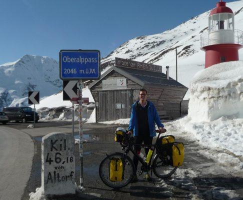 Tag 1: Oberalppass bis Chur